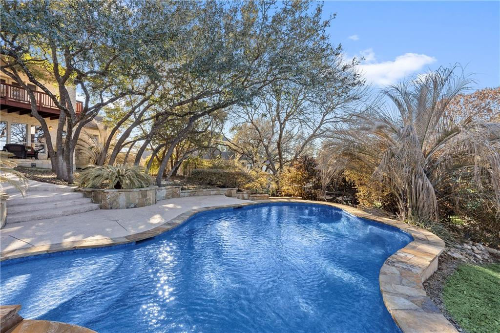 Closed | 13700 Country Lake Drive Austin, TX 78732 36