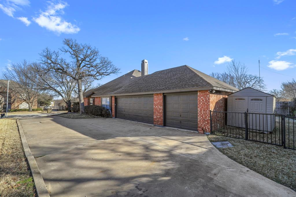 Sold Property | 7612 Chestnut Drive North Richland Hills, Texas 76182 34