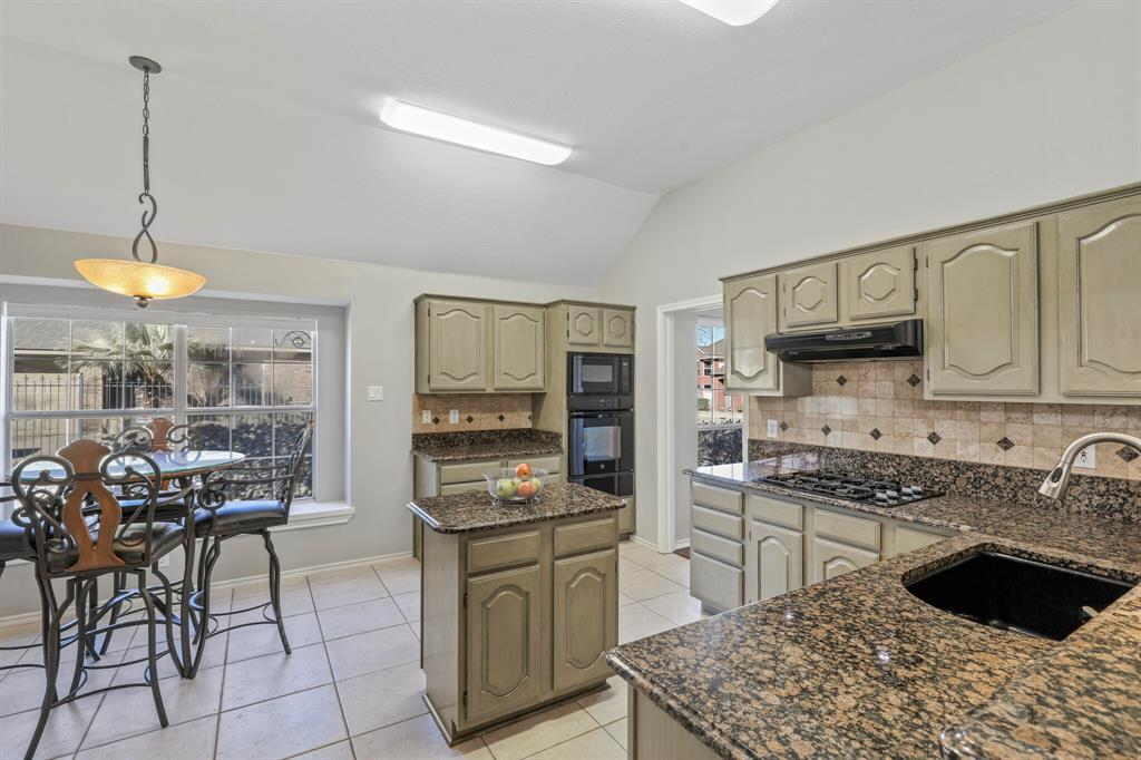 Sold Property | 7612 Chestnut Drive North Richland Hills, Texas 76182 8