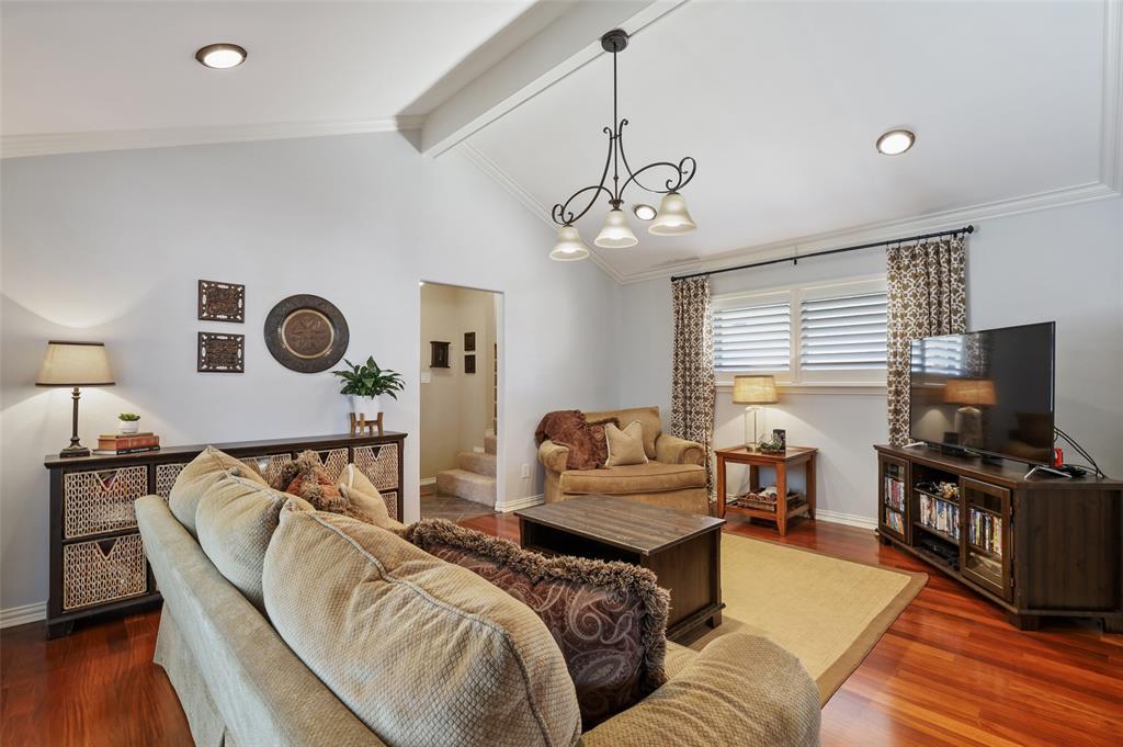 Sold Property | 9458 Whitehurst Drive Dallas, Texas 75243 15