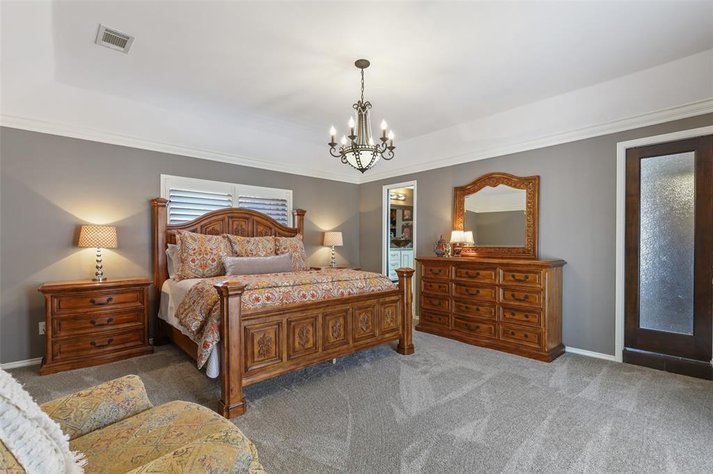Sold Property | 9458 Whitehurst Drive Dallas, Texas 75243 24