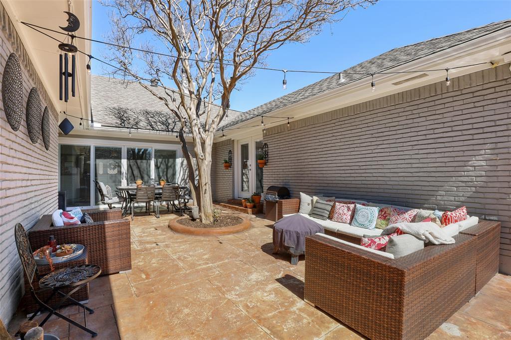 Sold Property | 9458 Whitehurst Drive Dallas, Texas 75243 33
