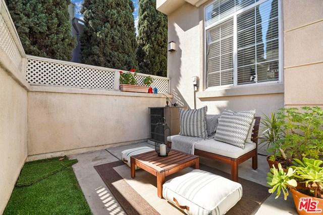 Closed | 5720 S Glennie Lane #G Los Angeles, CA 90016 24