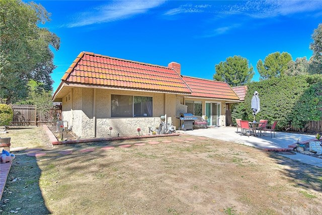 Pending | 3399 Orange Grove Avenue Chino Hills, CA 91709 32
