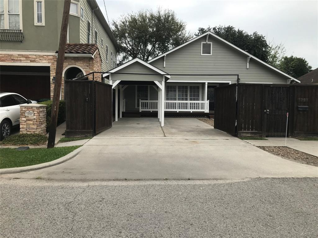 Pending Continue to Show | 1221 Aurora Street Houston, Texas 77009 2