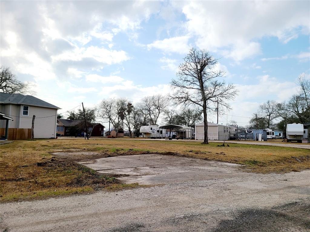 Active | 3150 Angelfish Cove Drive Baytown, Texas 77523 6