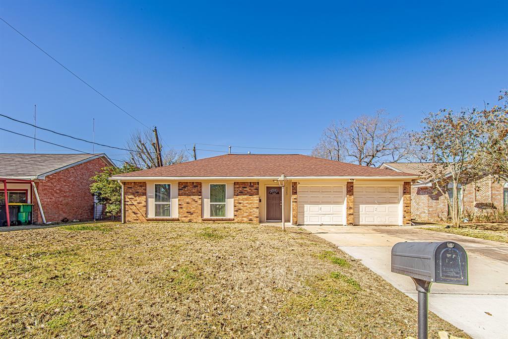 Pending | 5505 Crestmont Street Baytown, Texas 77521 1