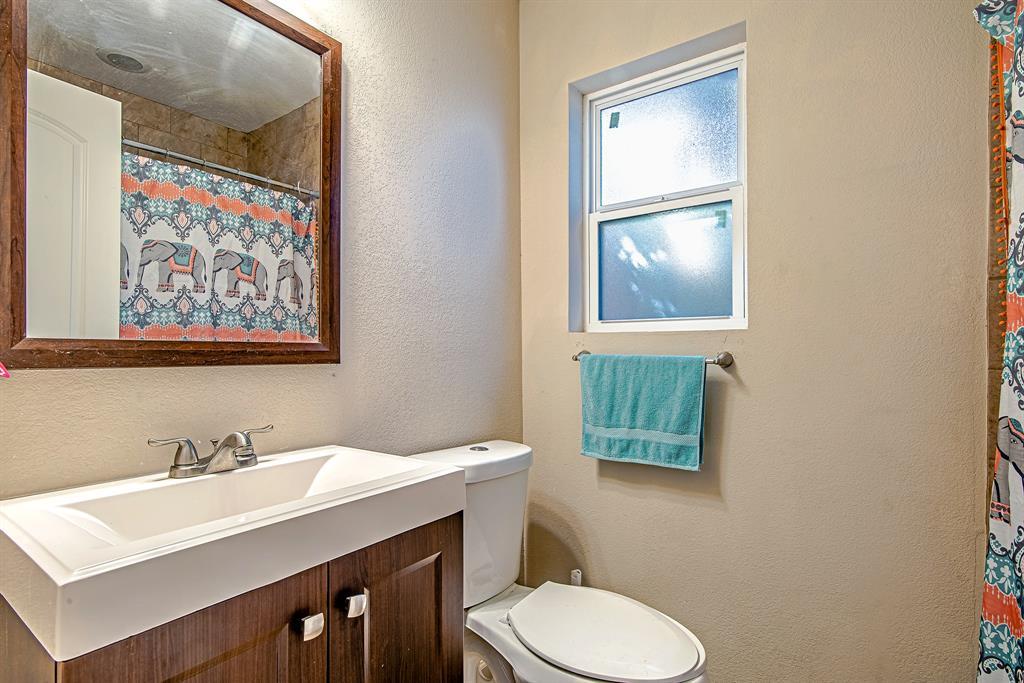 Pending | 5505 Crestmont Street Baytown, Texas 77521 6