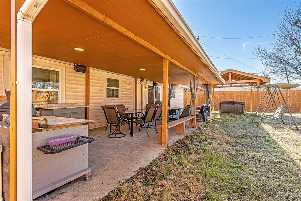 Pending | 5505 Crestmont Street Baytown, Texas 77521 8