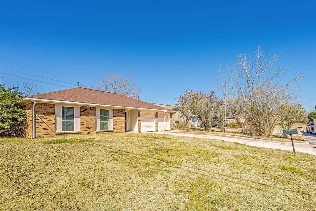 Pending | 5505 Crestmont Street Baytown, Texas 77521 9