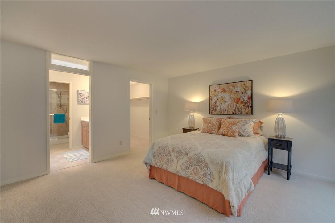 Sold Property | 15000 Village Green Drive ##16 Mill Creek, WA 98012 9