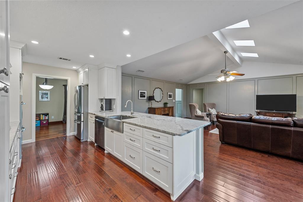 Sold Property   2308 Regal Road Plano, Texas 75075 11