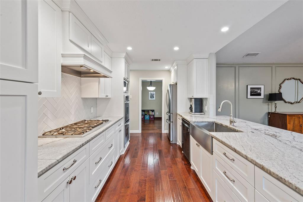 Sold Property   2308 Regal Road Plano, Texas 75075 12