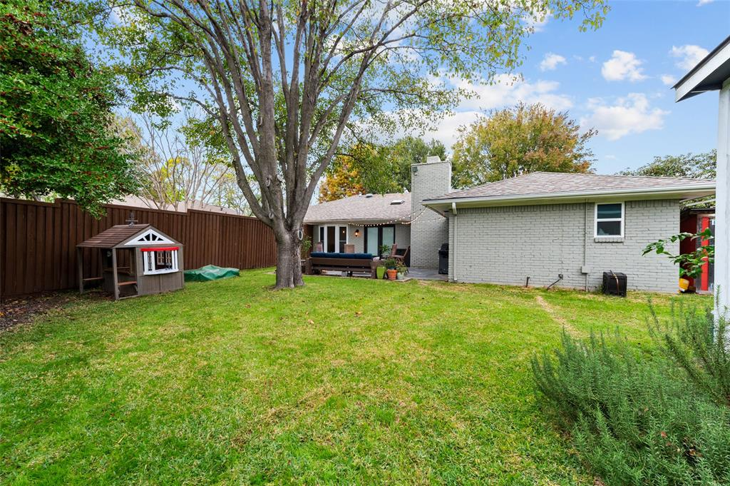 Sold Property   2308 Regal Road Plano, Texas 75075 32