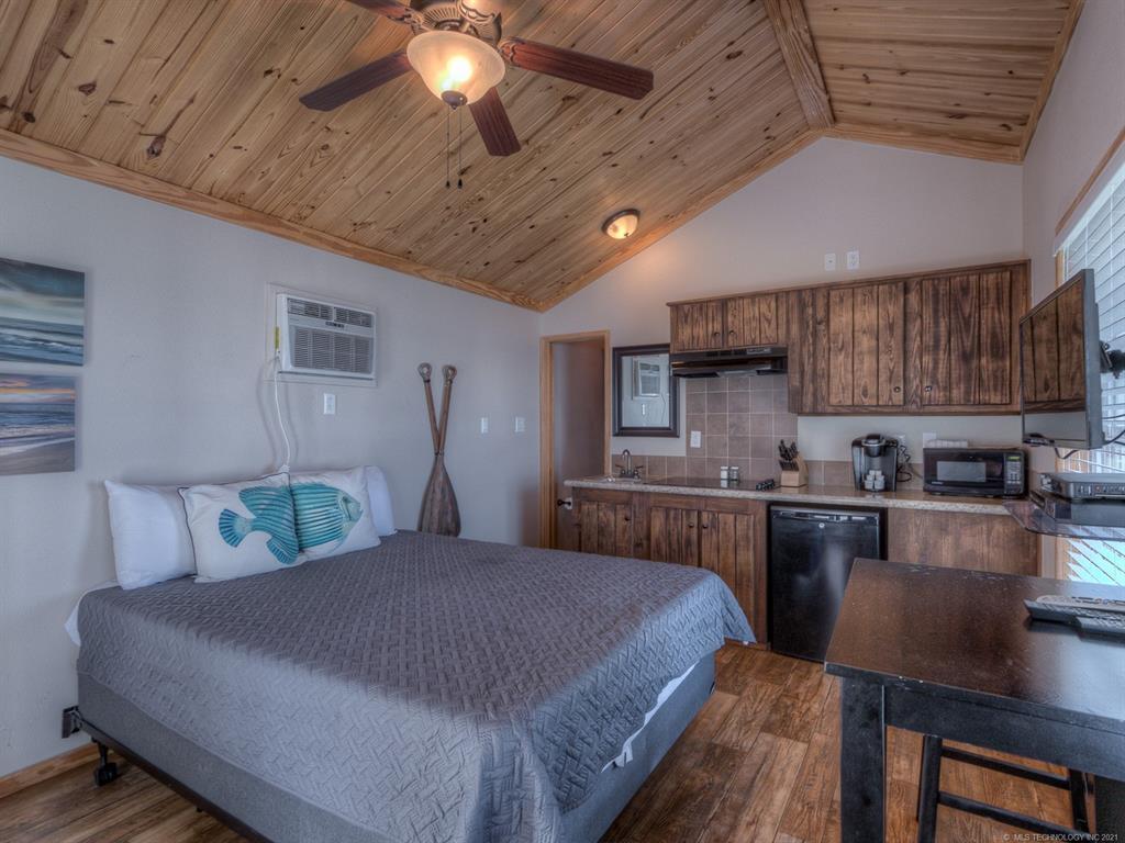 Active | 12301 Cross Timbers Marina Drive #13,14,15 Sperry, Oklahoma 74073 20