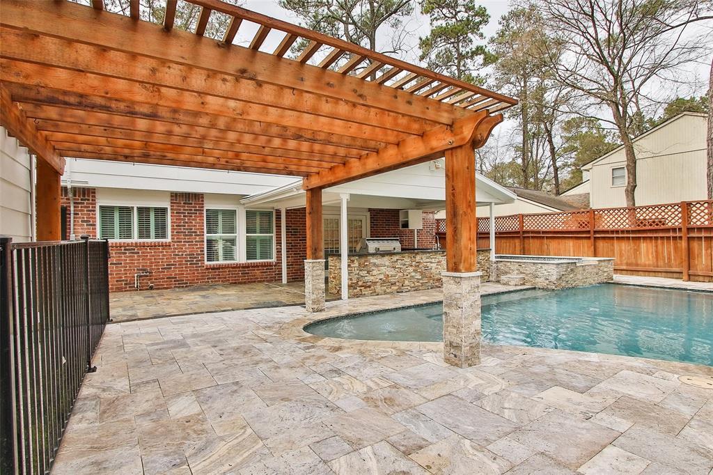 Active | 180 Maple Branch Street Spring, Texas 77380 39