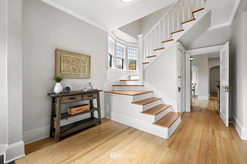Sold Property | 1714 E Thomas Street Seattle, WA 98112 17