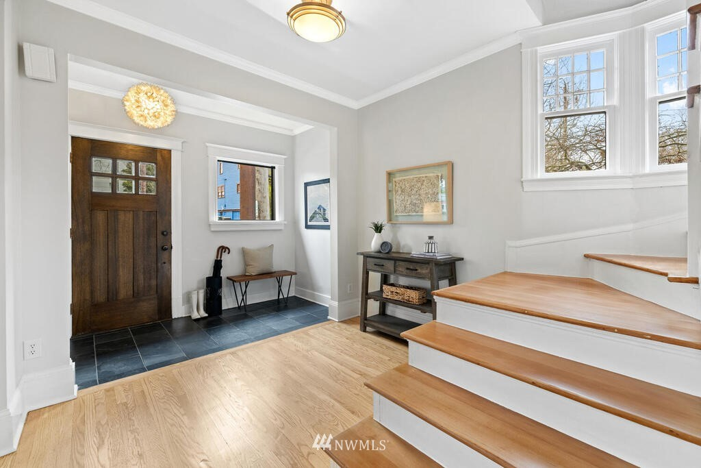 Sold Property | 1714 E Thomas Street Seattle, WA 98112 36