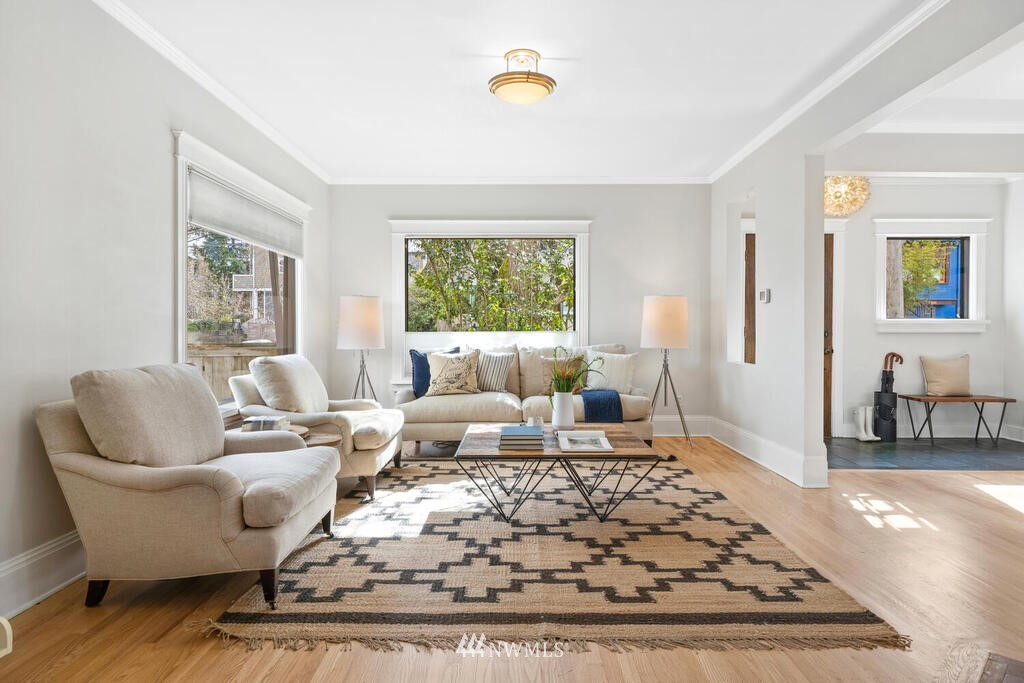 Sold Property | 1714 E Thomas Street Seattle, WA 98112 5