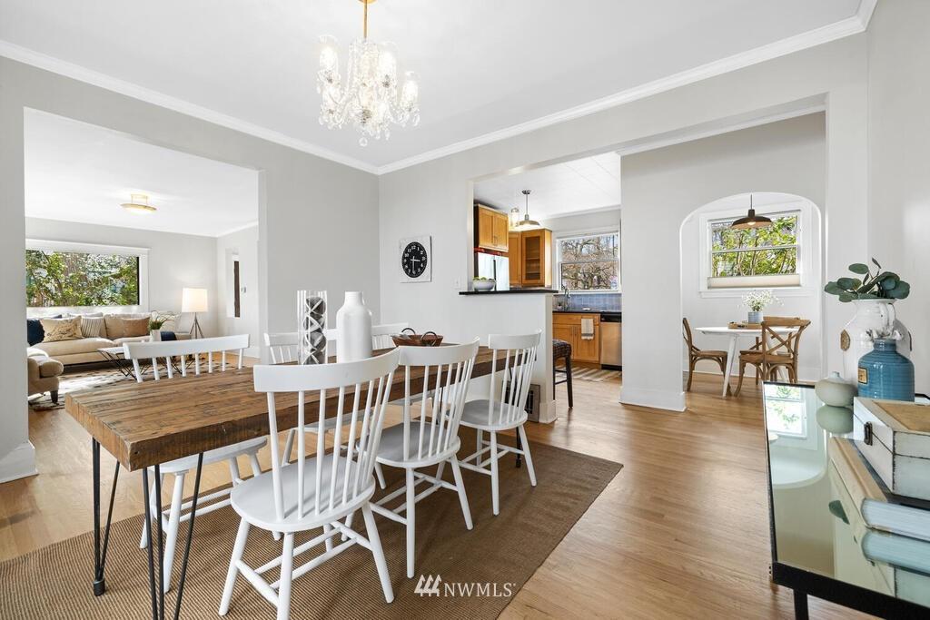 Sold Property | 1714 E Thomas Street Seattle, WA 98112 7