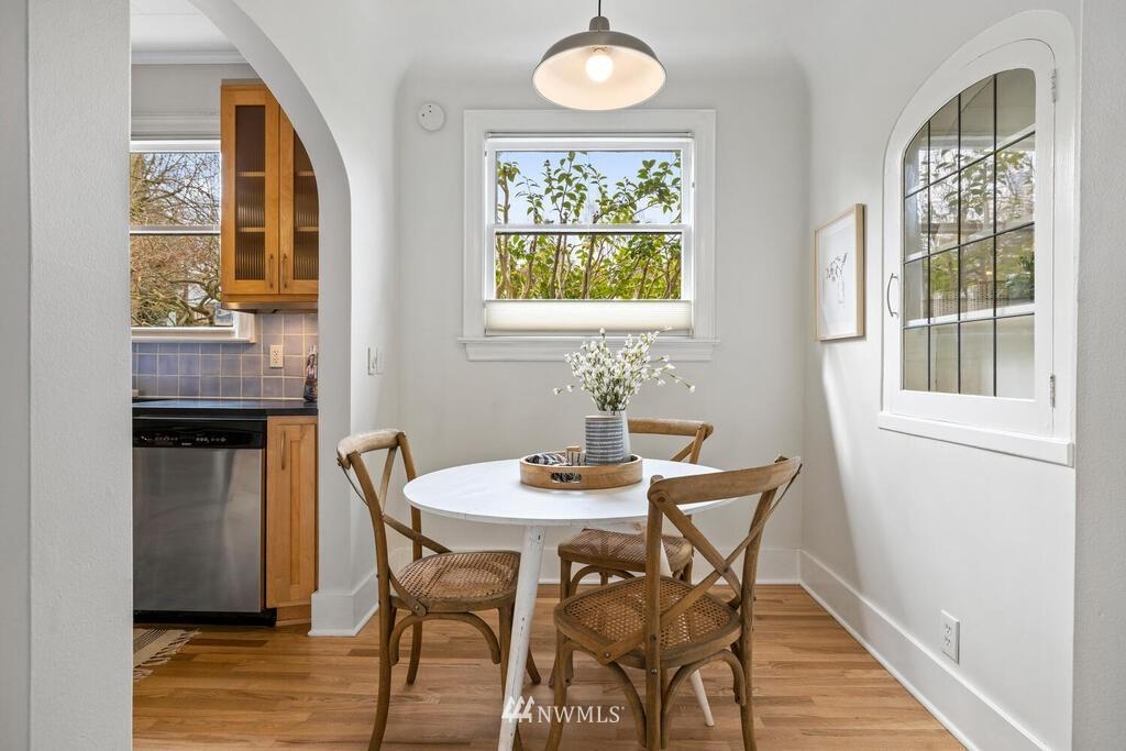 Sold Property | 1714 E Thomas Street Seattle, WA 98112 11