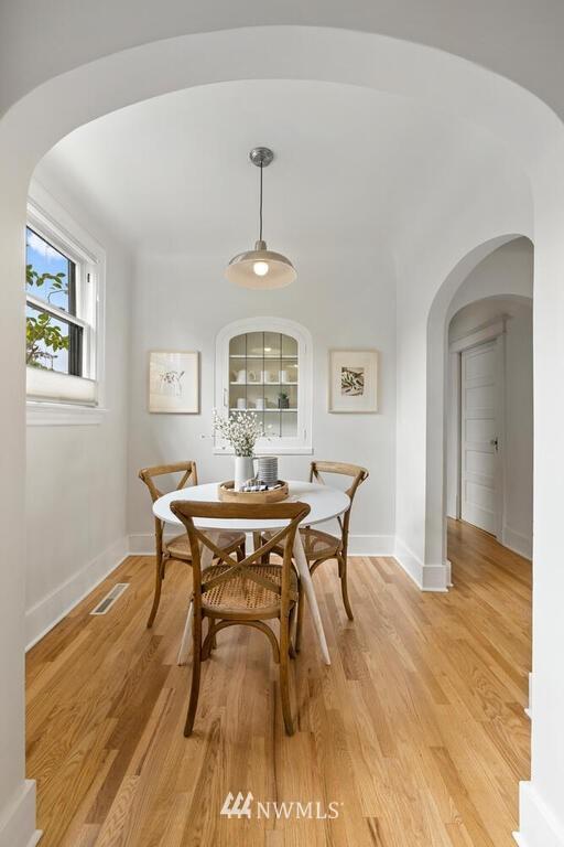 Sold Property | 1714 E Thomas Street Seattle, WA 98112 12