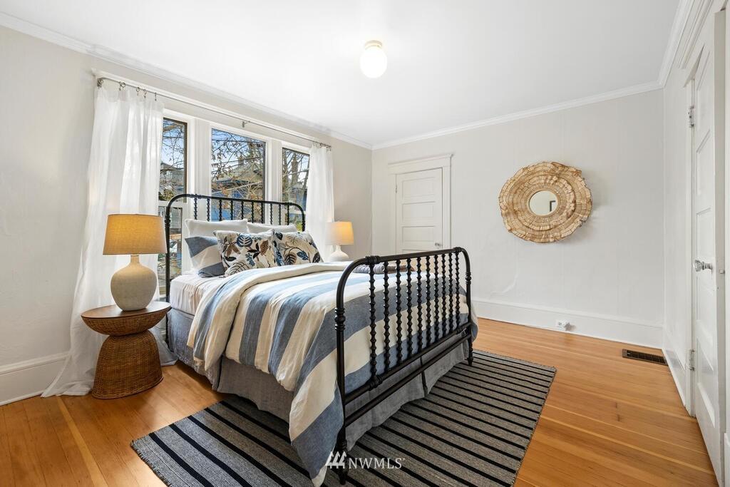 Sold Property | 1714 E Thomas Street Seattle, WA 98112 18