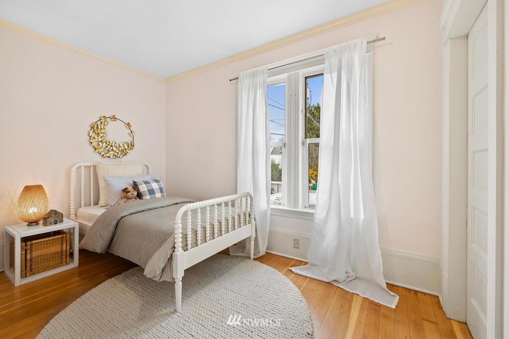 Sold Property | 1714 E Thomas Street Seattle, WA 98112 23