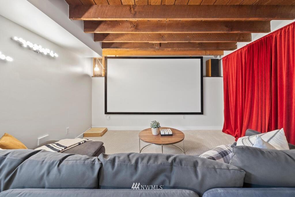 Sold Property | 1714 E Thomas Street Seattle, WA 98112 26
