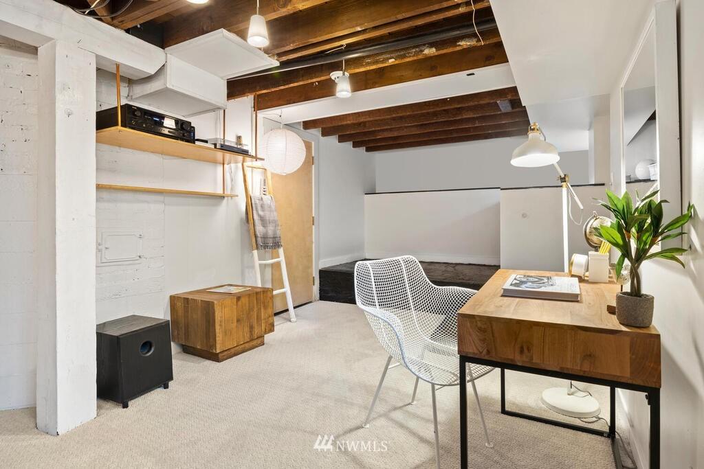 Sold Property | 1714 E Thomas Street Seattle, WA 98112 28