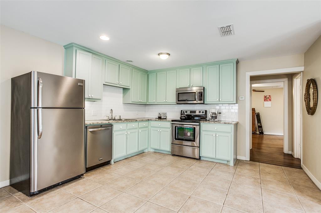 Active Option Contract | 7021 Lakeshore Drive Dallas, Texas 75214 29