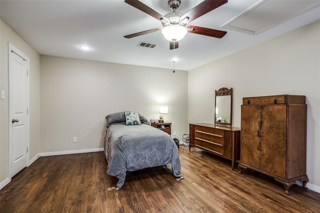 Active Option Contract | 7021 Lakeshore Drive Dallas, Texas 75214 31