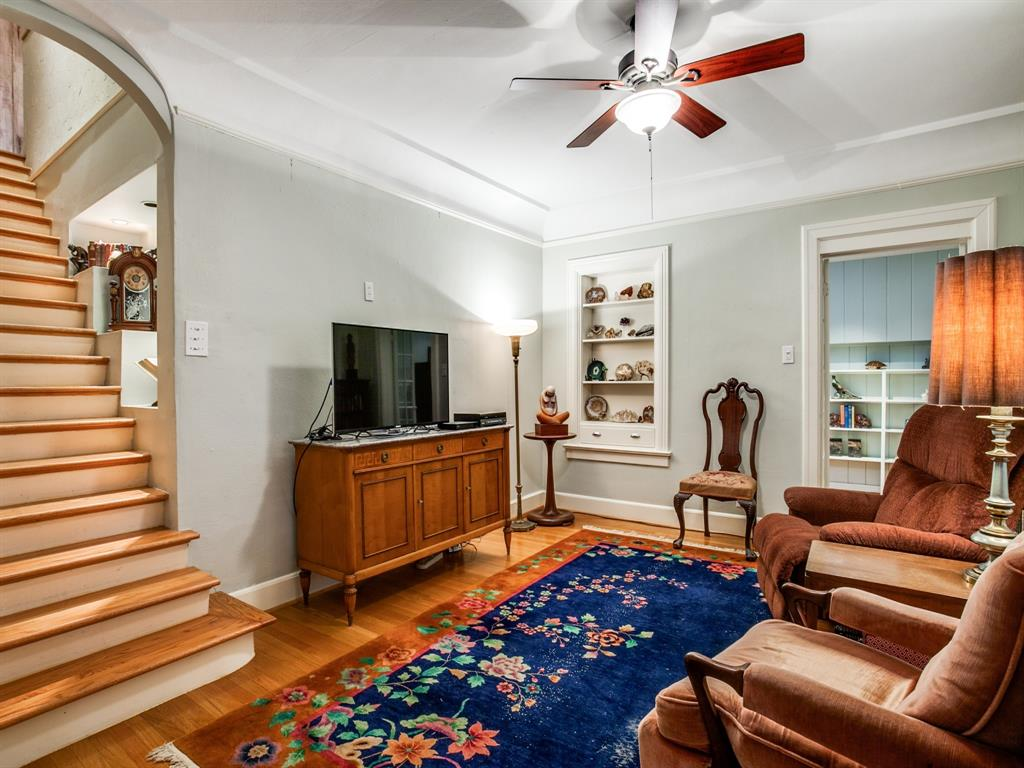 Active Option Contract | 7021 Lakeshore Drive Dallas, Texas 75214 9