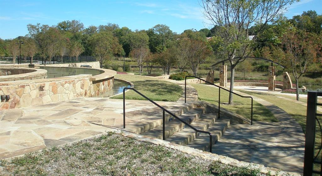 Pending   7105 Laurel Ridge Dallas, Texas 75231 4
