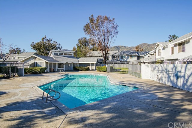 Closed | 1380 W 48th Street #6 San Bernardino, CA 92407 26