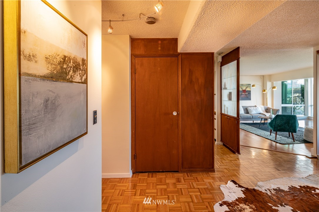 Pending | 308 E Republican Street #102 Seattle, WA 98102 1