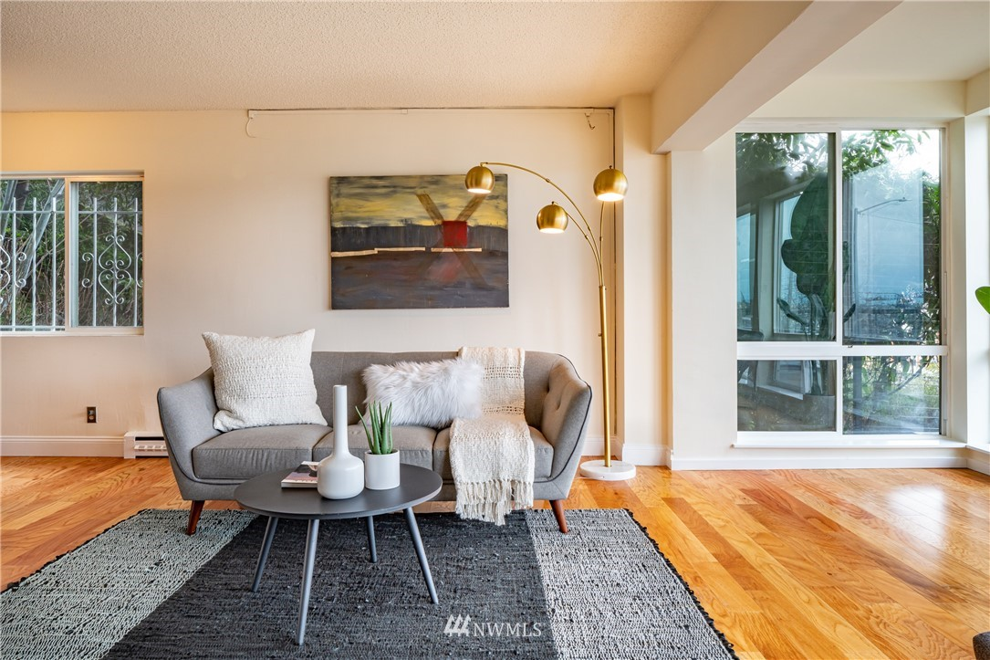 Pending | 308 E Republican Street #102 Seattle, WA 98102 8