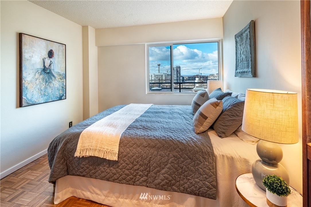 Pending | 308 E Republican Street #102 Seattle, WA 98102 12