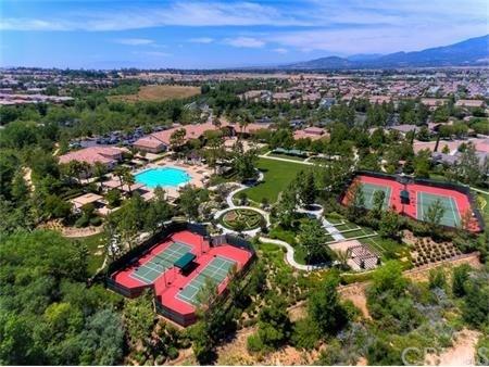 Pending | 381 Irvine Park Beaumont, CA 92223 49