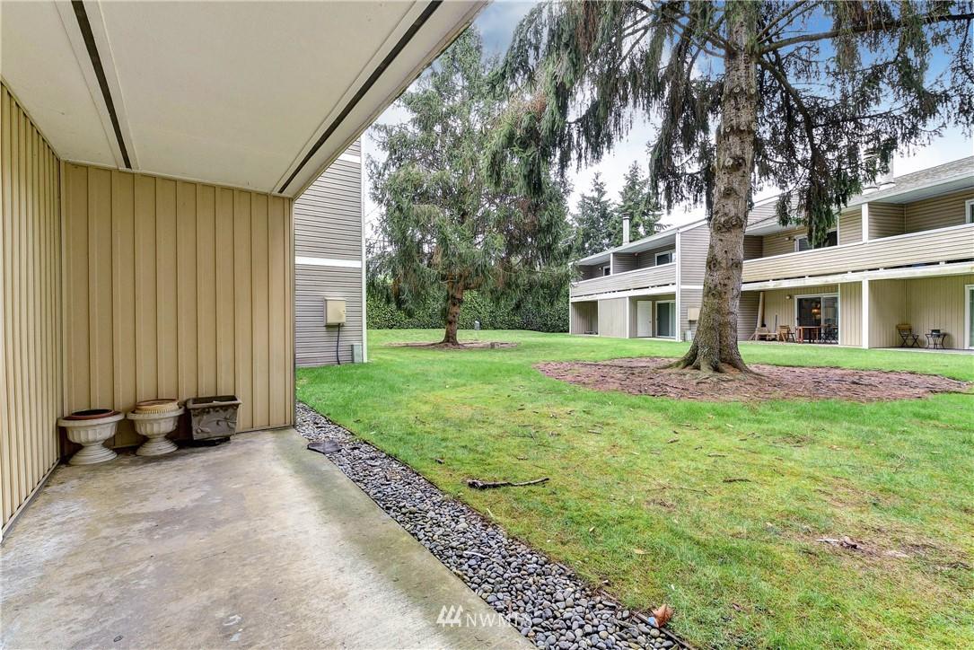 Sold Property   12515 NE 132nd Court #A105 Kirkland, WA 98034 11