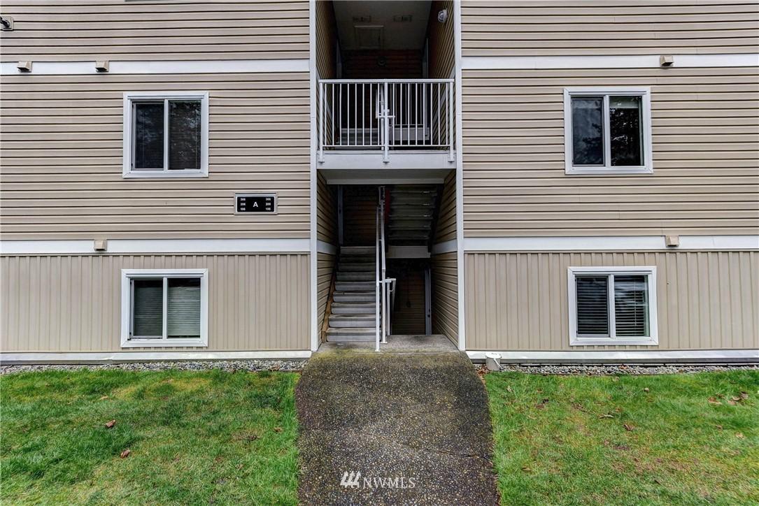 Sold Property   12515 NE 132nd Court #A105 Kirkland, WA 98034 10