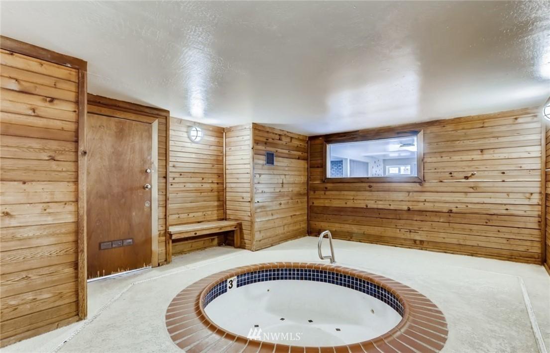 Sold Property   12515 NE 132nd Court #A105 Kirkland, WA 98034 16