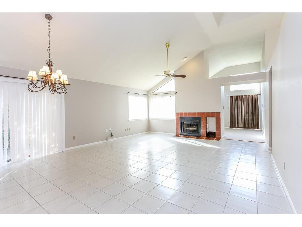 Off Market | 1415 Roundstone Drive Richmond, Texas 77406 4