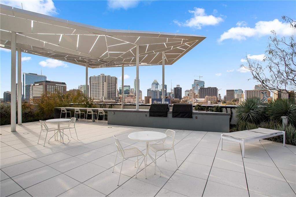 ActiveUnderContract | 800 Embassy Drive #409 Austin, TX 78702 31