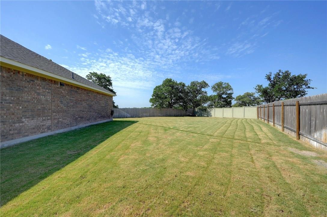 Closed | 221 Garden Gate Lane Liberty Hill, TX 78642 37