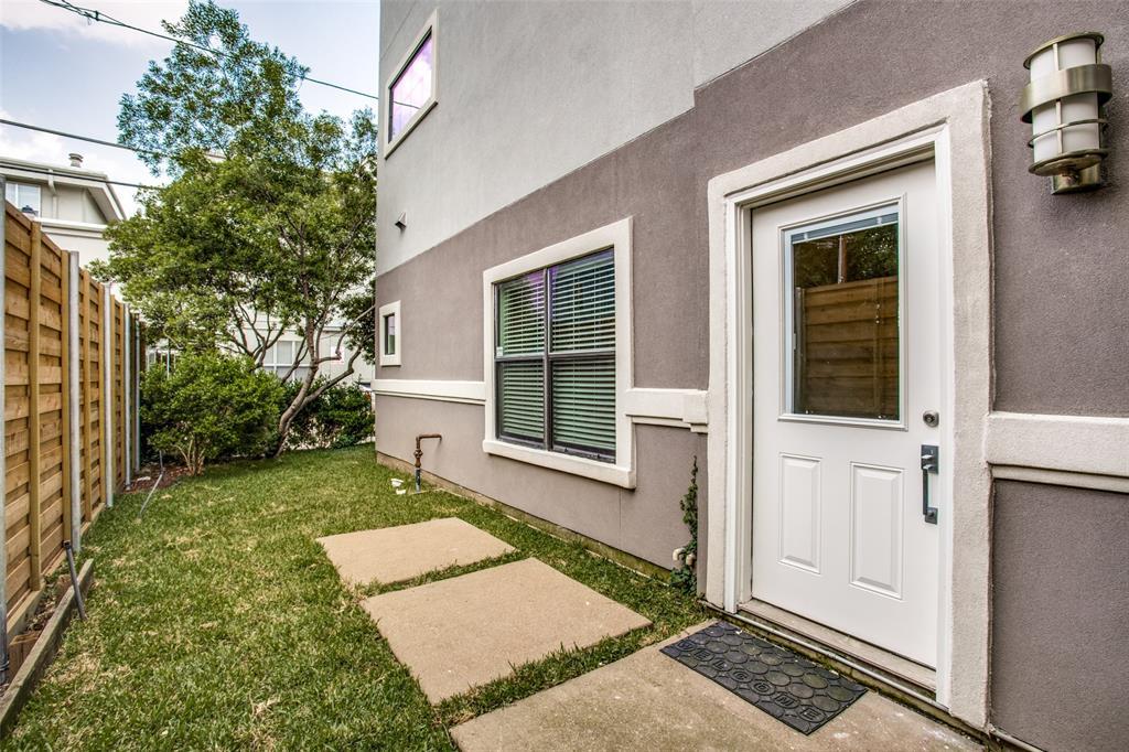 Pending | 4212 Bowser Avenue #D Dallas, Texas 75219 22