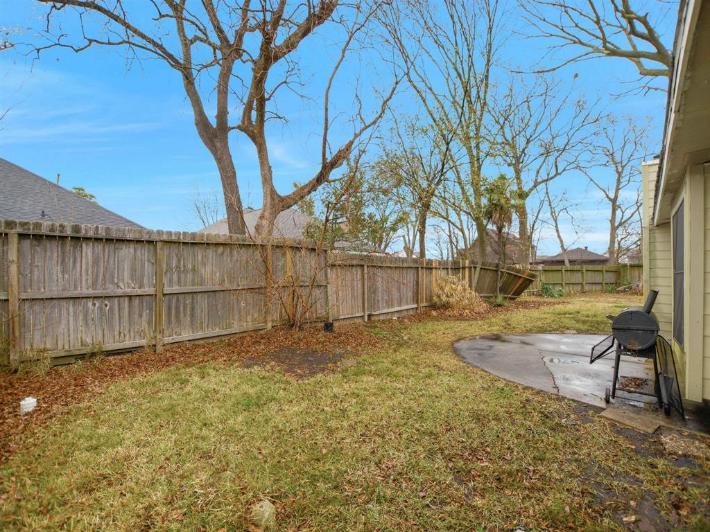 Pending | 13423 Highland Castle Lane Houston, Texas 77015 27