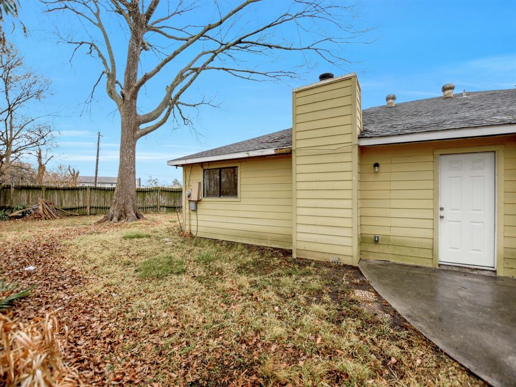 Pending | 13423 Highland Castle Lane Houston, Texas 77015 28
