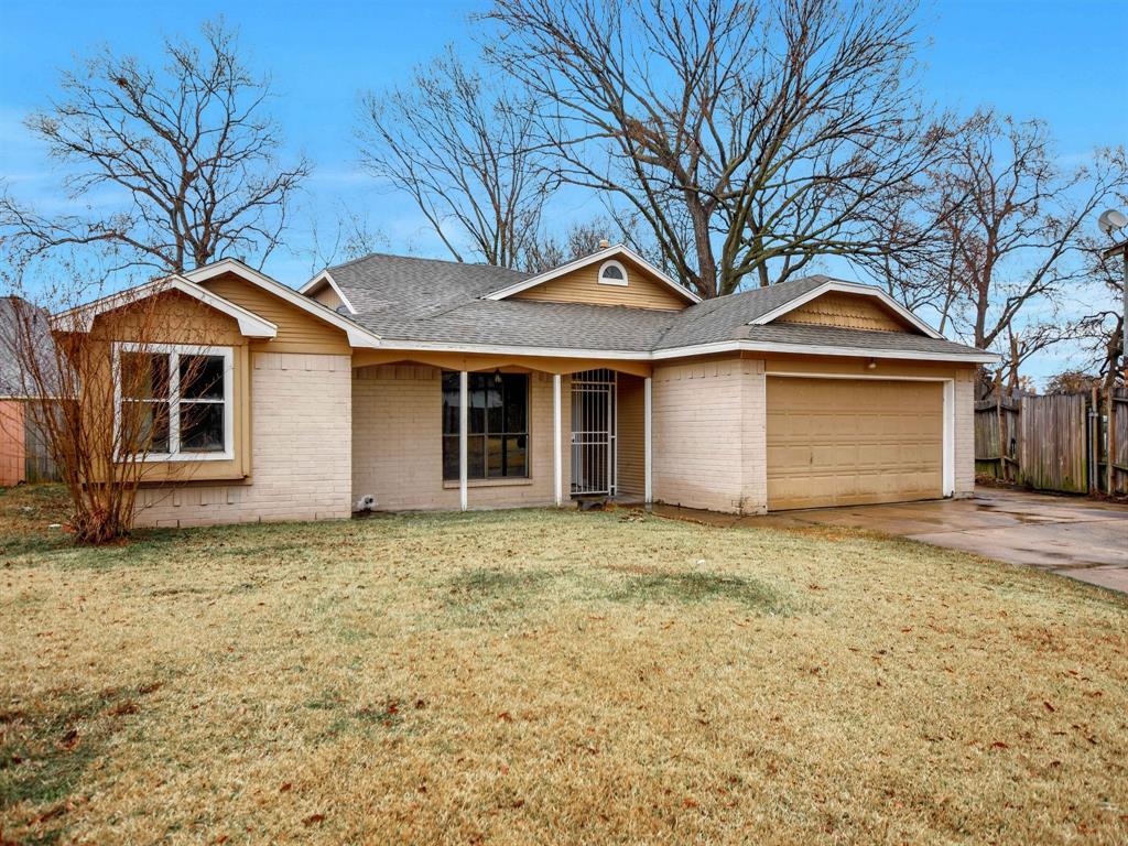 Pending | 13423 Highland Castle Lane Houston, Texas 77015 2