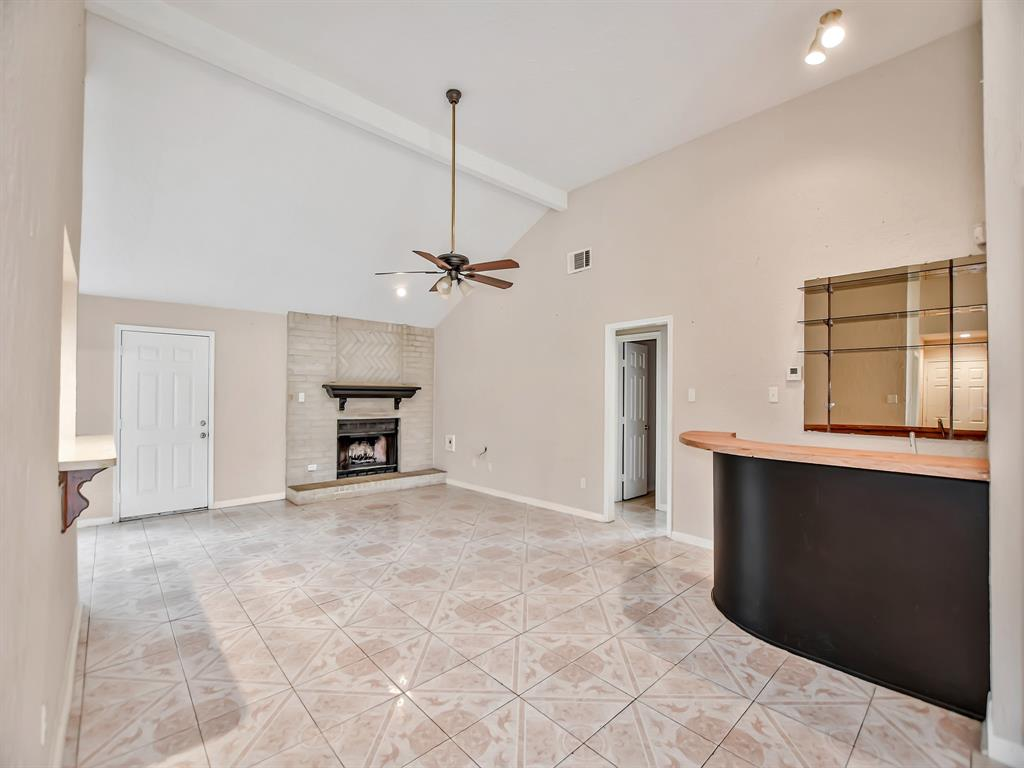 Pending | 13423 Highland Castle Lane Houston, Texas 77015 7